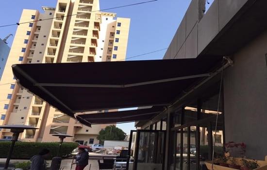 مظلات مطاعم متحركة