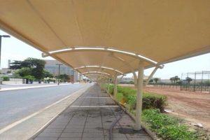 مظلات سيارات قوسية